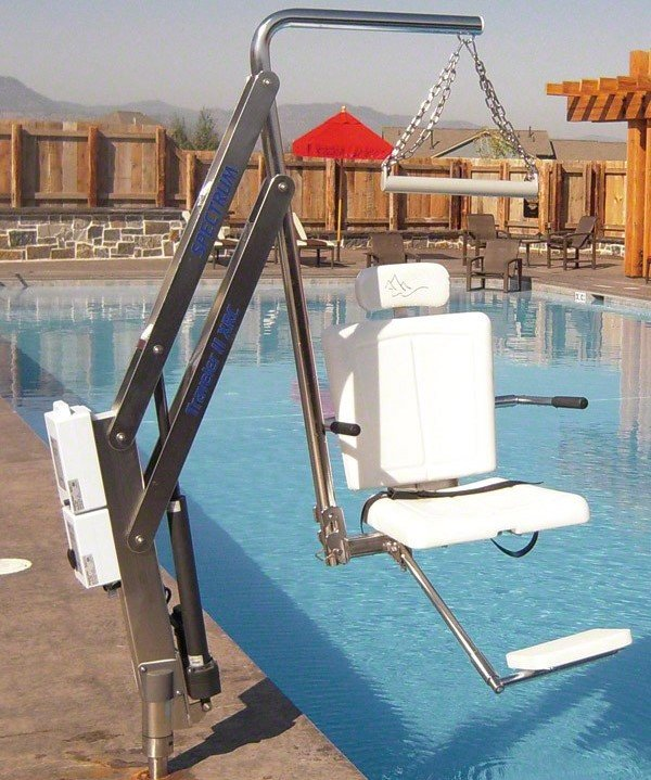 elevadores para piscina discapacitados