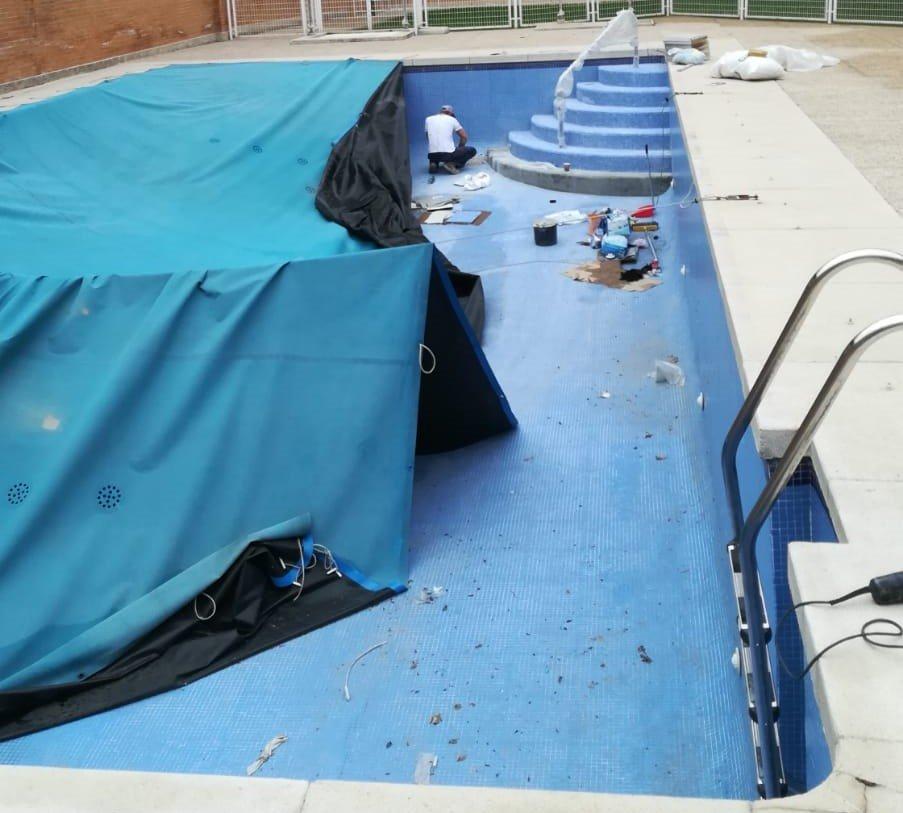 escaleras piscina para discapacitados